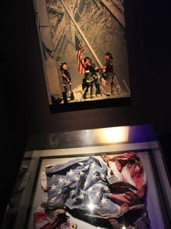 9/11 Memorial Museum Drapeau américain