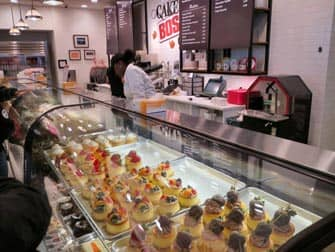 interieur-cake-boss-cafe-manhattan