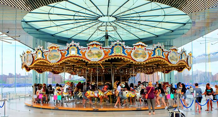 Jane's Carousel à Brooklyn - Le Carousel