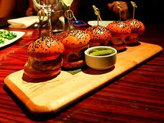 Meilleurs hamburgers à New York - STK Sliders