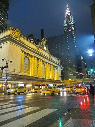 Midtown-Manhattan-a-New-York-Grand-Central-and-Chrysler-Building