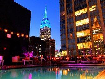 Piscine du Royalton Hotel - Sortir à New York Midtown