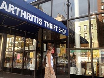 Upper East Side Shopping à NYC - Arthritis Thrift Shop