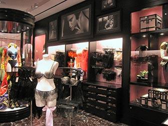 Victoria-s-Secret-a-NYC