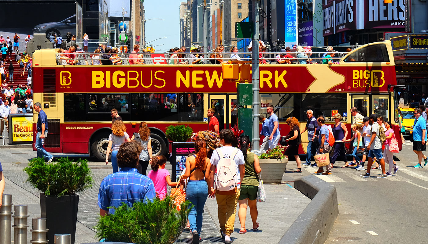 Big Bus a New York - Traverser Times Square