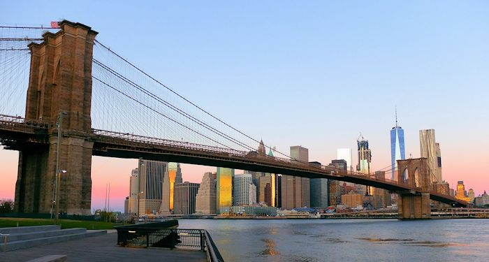 Brooklyn Bridge à New York - Depuis Brooklyn Bridge Park