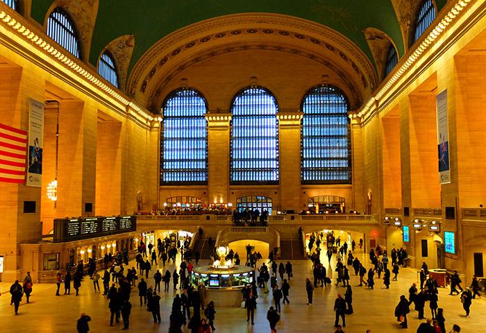 Grand Central New York Deli - Ottawa Delicatessen