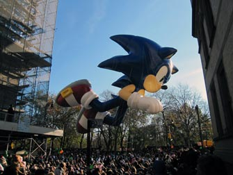 Macy's Thanksgiving Parade NYC - Sonic