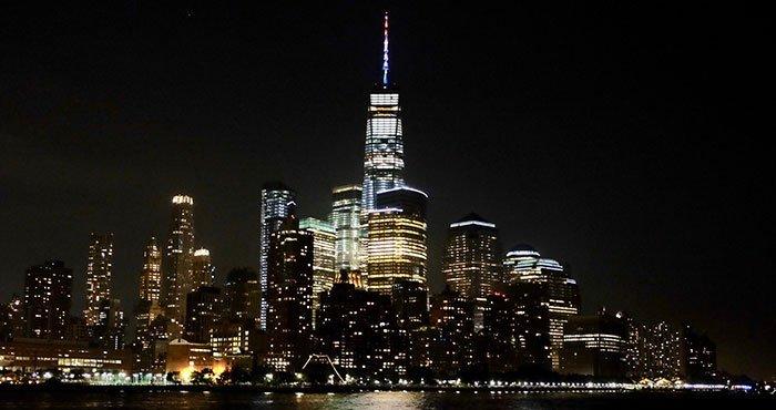 Vol de nuit en hélicoptère et croisière touristique à New York - Croisière