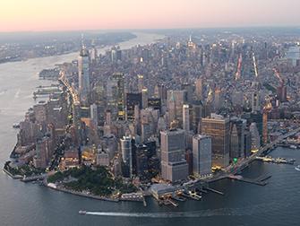 Vol de nuit en hélicoptère et croisière touristique à New York - Manhattan