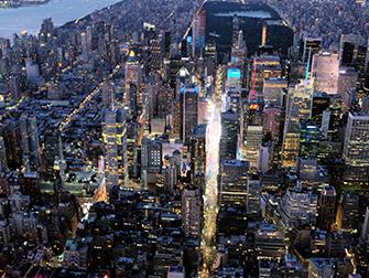 Vol de nuit en hélicoptère et croisière touristique à New York - Times Square