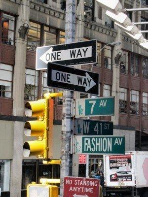 s 39 orienter dans new york et trouver une adresse. Black Bedroom Furniture Sets. Home Design Ideas