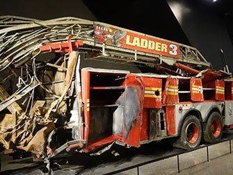 911 Museum à New York pompiers