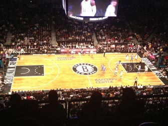 Brooklyn Nets à New York - Terrain de basket