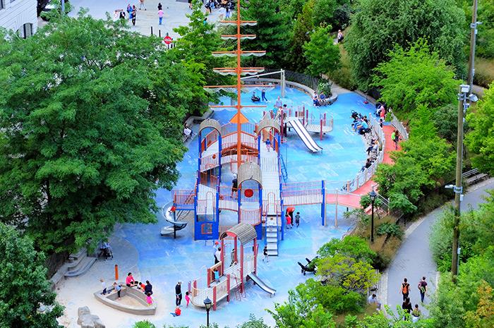 Terrains de jeux à New York - Main Street Playground