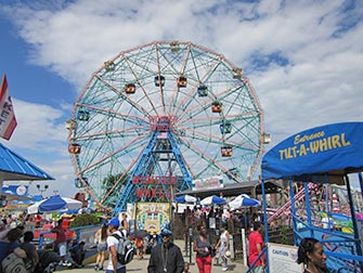 Coney-Island-a-New-York-Grande-Roue