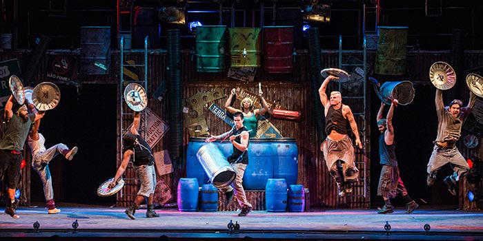 Stomp New York - Spectacle Off-Broadway