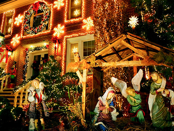 Dyker Heights Christmas Lights à New Yorks - Crèche