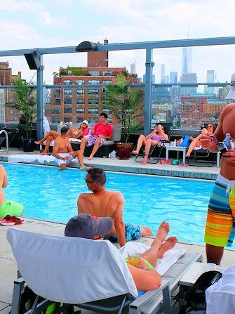 Se baigner à New York - Royalton Hotel