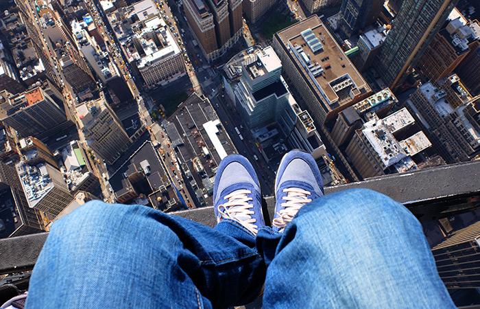 Faire un vol en hélicoptère à habitacle ouvert à New York - chaussures