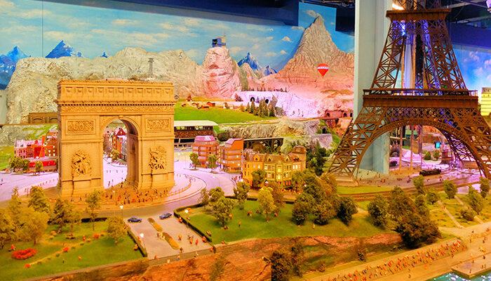 Gulliver's Gate Miniature World - Paris