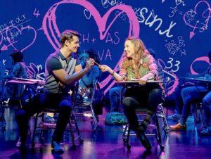 Mean Girls à Broadway Tickets - Romance